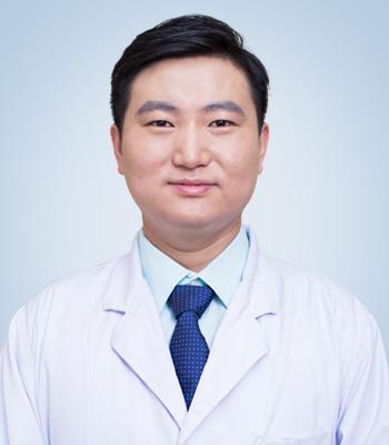 北京二炮鼻整形医生