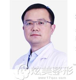 医学美肤中心院长朱海涛是济南海峡整形无创微美推荐医生