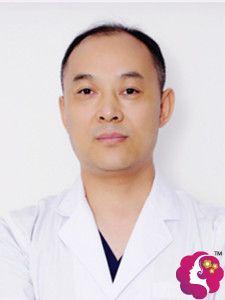 擅长做隆胸术的佛山佳丽专家余昌胜