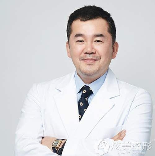 韩国艾恩整形医院金承俊院长