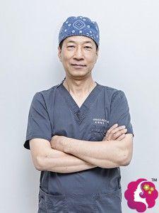 韩国纯真整形外科崔宰源院长